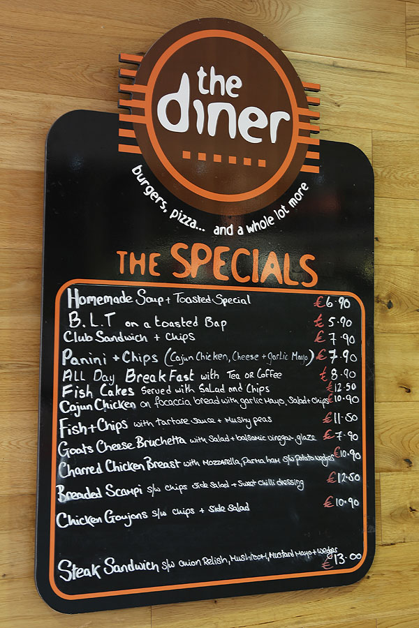dingle_diiner_menu_board_0106