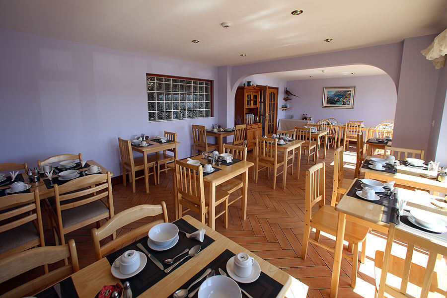 harbour_nights_dingle_breakfast_room_1012