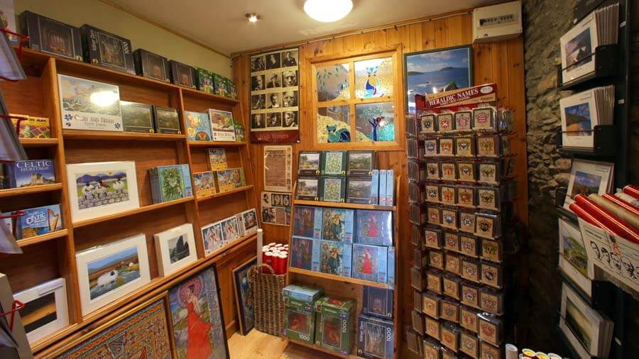 leac_a_re_gift_shop_dingle_6015